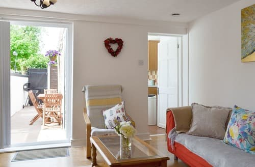 Last Minute Cottages - Beautiful Chester Cottage S101146