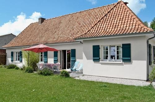 Last Minute Cottages - Gite De La Lombardie