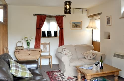 Last Minute Cottages - Tasteful Lydney Cottage S16252