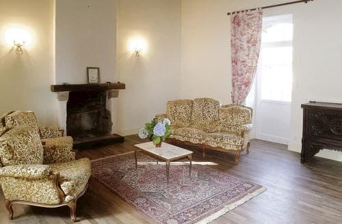 Last Minute Cottages - La Chapelle Hermier