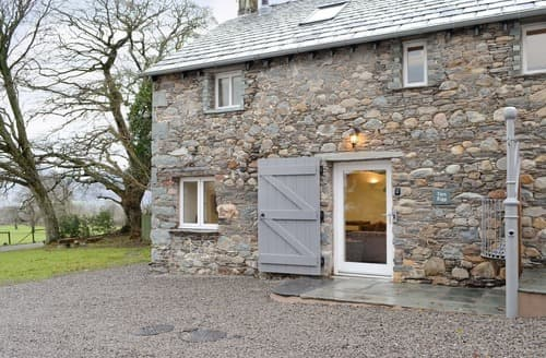 Last Minute Cottages - Cosy Underskiddaw Cottage S128551