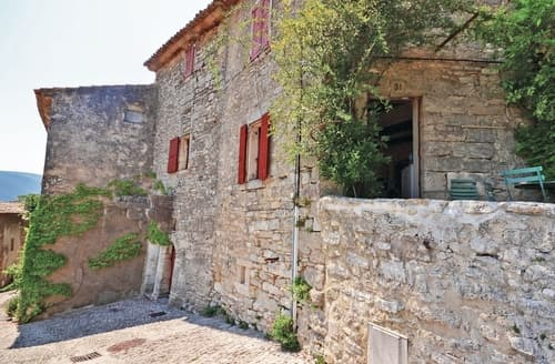 Last Minute Cottages - Bonnieux
