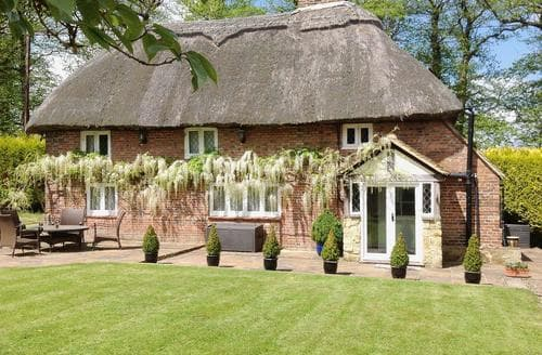 Last Minute Cottages - Superb Battle Cottage S59918