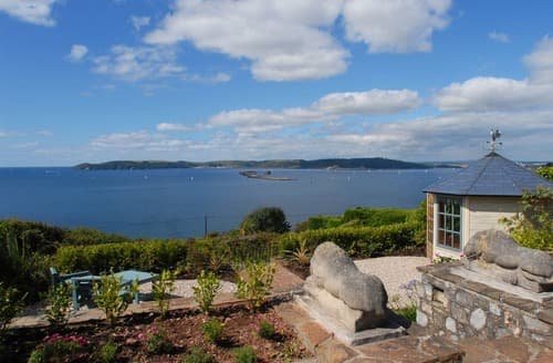 Last Minute Cottages - Wonderful Plymouth Apartment S132630