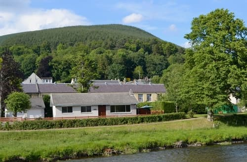 Last Minute Cottages - Lovely Peebles Cottage S37855