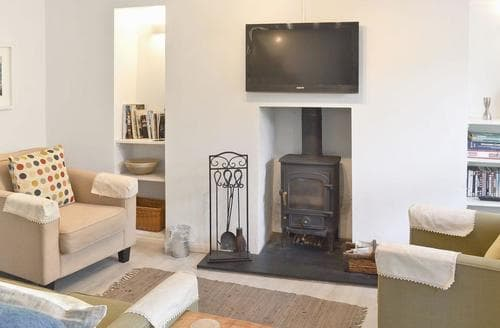Last Minute Cottages - Excellent Penzance Apartment S44126