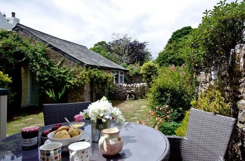 Last Minute Cottages - Elberry Cottage