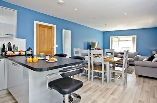 Last Minute Cottages - Captivating St Merryn Apartment S132836