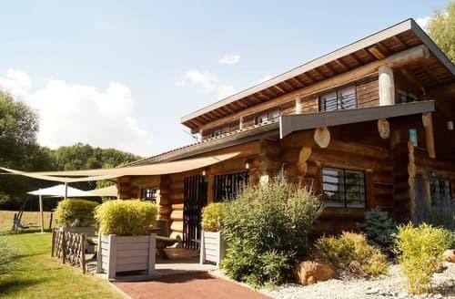 Last Minute Cottages - Le Loge - G77