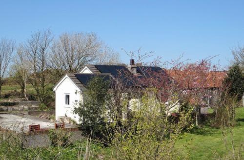 Last Minute Cottages - Penrhos Lodge - HW7648