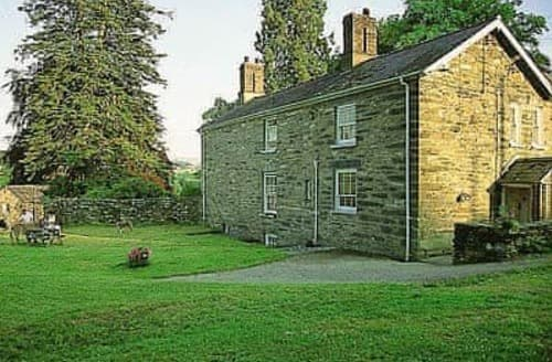 Last Minute Cottages - Rhydlanfair