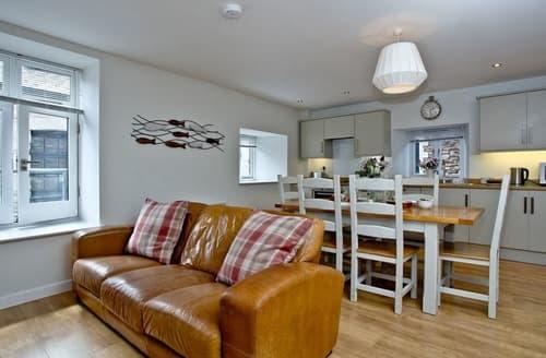 Last Minute Cottages - Beautiful Brixham Apartment S133166