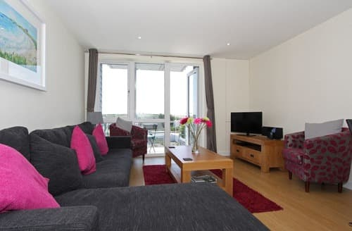 Last Minute Cottages - Exquisite Newquay Apartment S133184