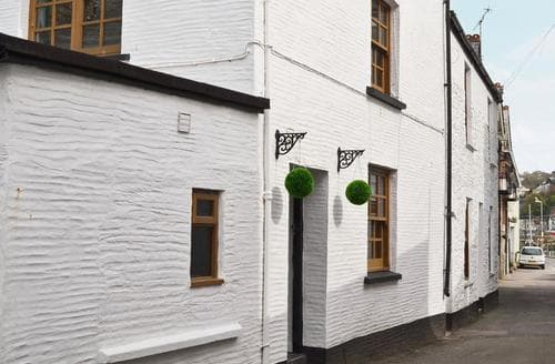 Last Minute Cottages - Quaint Looe Cottage S50298
