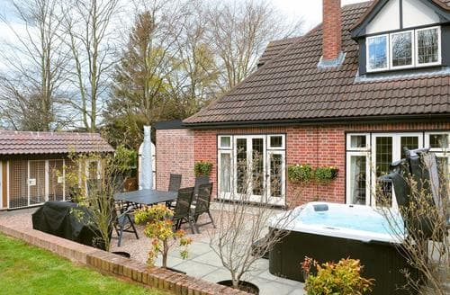 Last Minute Cottages - Lambley Lodge