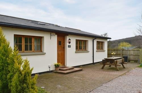 Last Minute Cottages - Lovely Lydney Cottage S16267