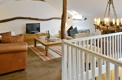 Last Minute Cottages - Cosy Combe Martin Cottage S19076