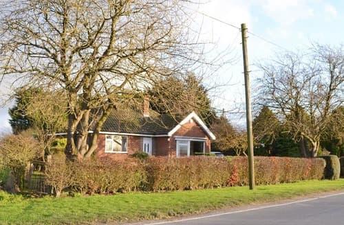 Last Minute Cottages - Wayside Cottage