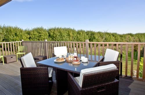 Last Minute Cottages - Luxury St Ives Lodge S133966