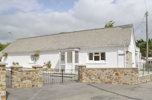 Last Minute Cottages - Trewindsor