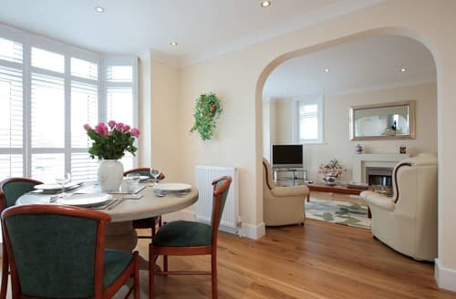 Last Minute Cottages - The Avoncliffe Bournemouth