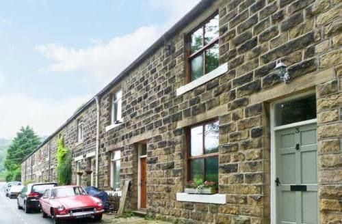 Last Minute Cottages - Superb Hebden Bridge Cottage S3917