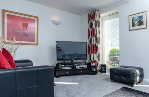 Last Minute Cottages - Delightful Paignton Apartment S132618