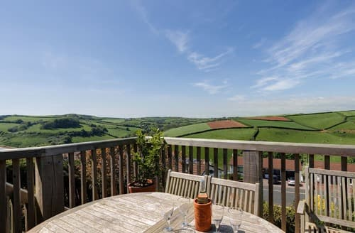 Last Minute Cottages - Wonderful Salcombe Cottage S132623
