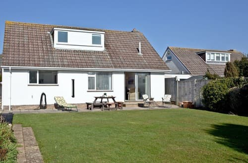Big Cottages - Delightful Mudeford Cottage S132662
