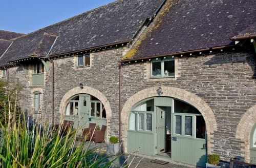 Last Minute Cottages - Beautiful Noss Mayo Cottage S132664