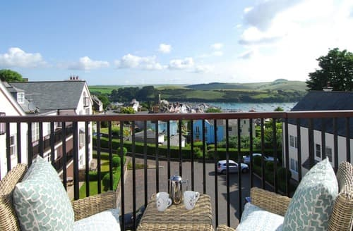 Last Minute Cottages - Luxury Salcombe Apartment S132670