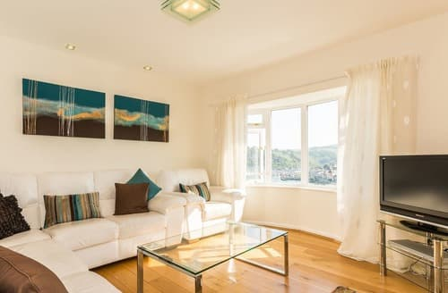 Last Minute Cottages - Excellent Dartmouth Apartment S132685