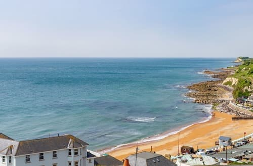 Last Minute Cottages - Splendid Ventnor Apartment S132740