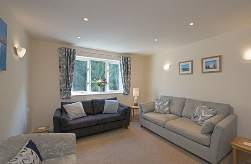 Last Minute Cottages - Wonderful Ventnor Cottage S132753