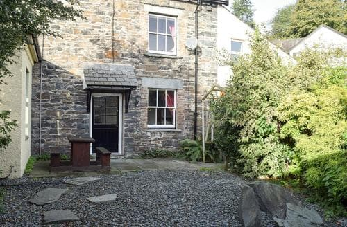 Last Minute Cottages - Cosy Braithwaite Cottage S84879