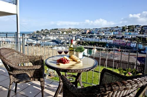 Last Minute Cottages - Captivating Brixham Apartment S132788