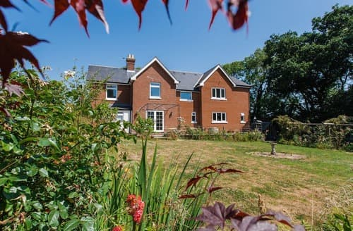 Big Cottages - Luxury Cowes Cottage S132794
