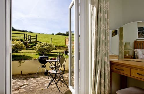 Last Minute Cottages - Charming Totnes Cottage S132828