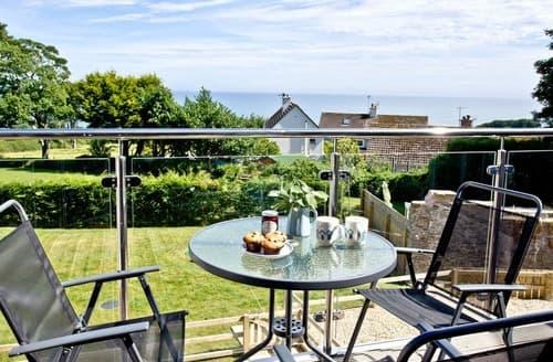 Last Minute Cottages - Quaint Stoke Fleming Apartment S132845