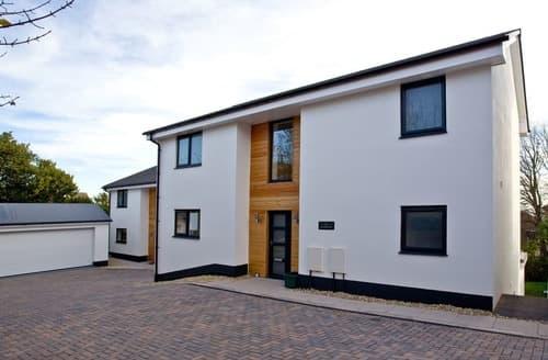Last Minute Cottages - Quaint Teignmouth Apartment S132872