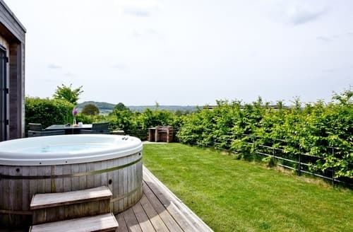 Last Minute Cottages - Attractive Cheddar Lodge S132926