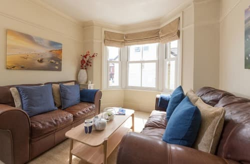 Last Minute Cottages - Charming Cowes Cottage S132958