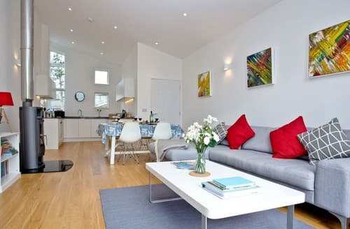 Last Minute Cottages - Inviting St Ives Lodge S132999