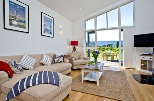 Last Minute Cottages - Quaint St Ives Lodge S133008