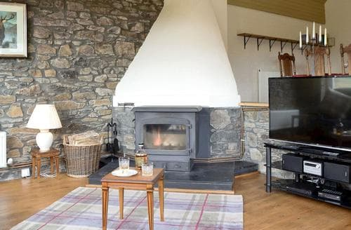 Last Minute Cottages - Luxury Pitlochry Cottage S43971