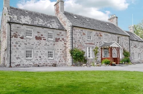 Last Minute Cottages - Drummuie House