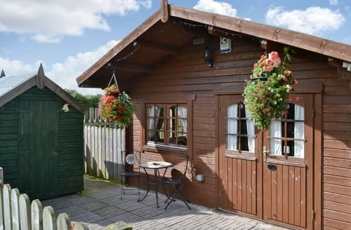 Last Minute Cottages - Cosy Silloth And The Solway Coast Lodge S18717