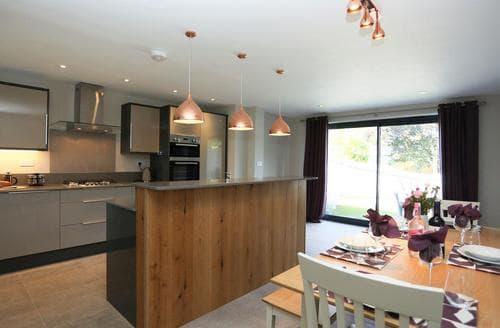 Last Minute Cottages - Stunning Brockenhurst Cottage S84230