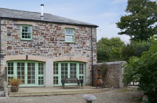Last Minute Cottages - The Coach House - 24439