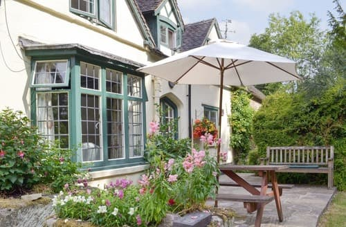 Last Minute Cottages - Superb Ashbourne Cottage S16424